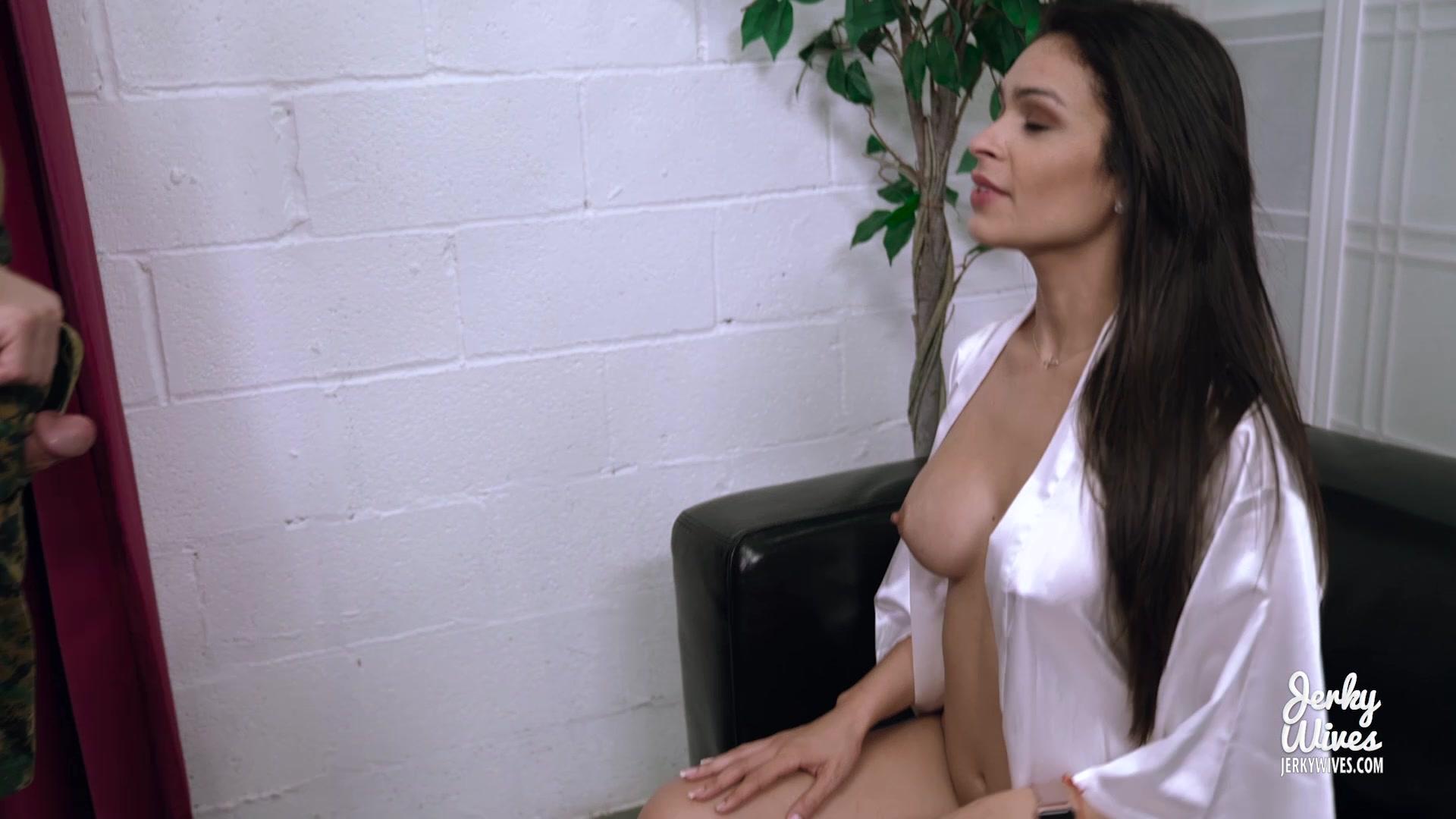 girls bigg ass