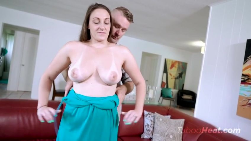 Melanie Hicks Son Blowjob